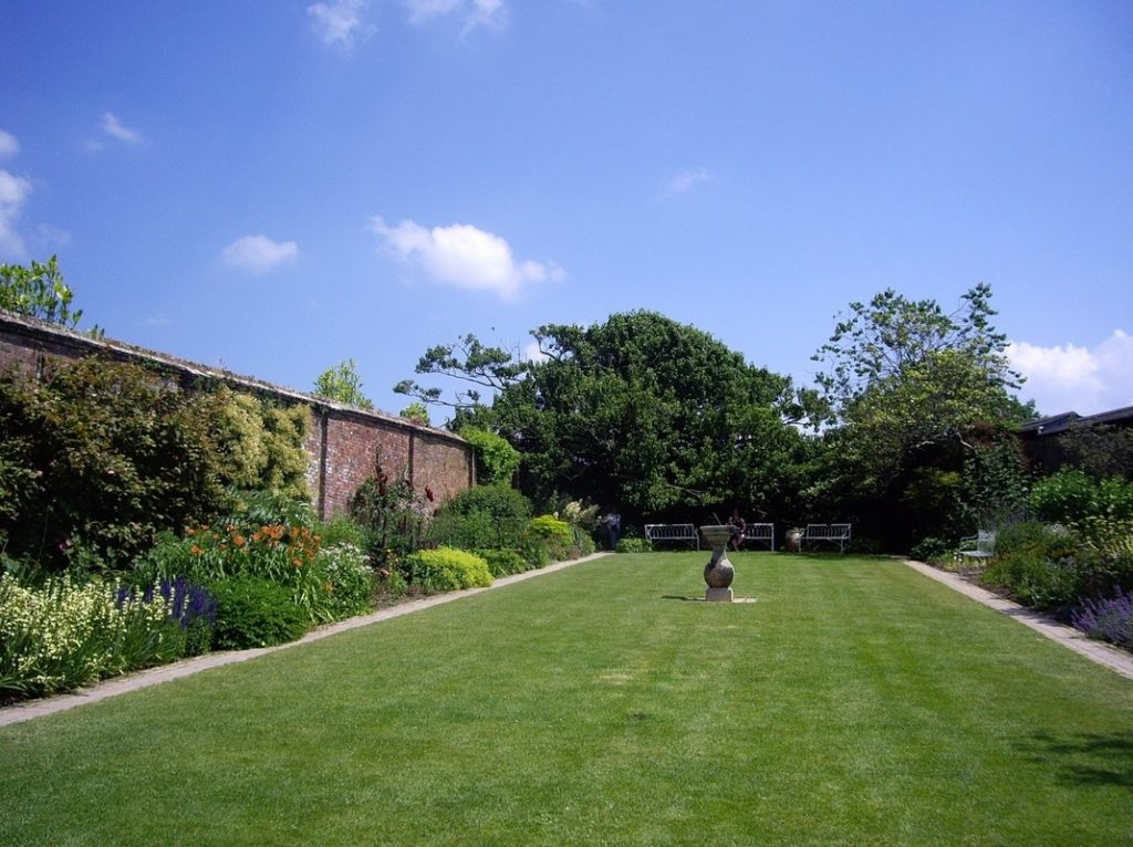 Photo of Garden with South Facing Wall